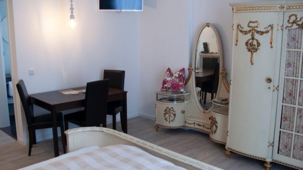 Apartment4_03